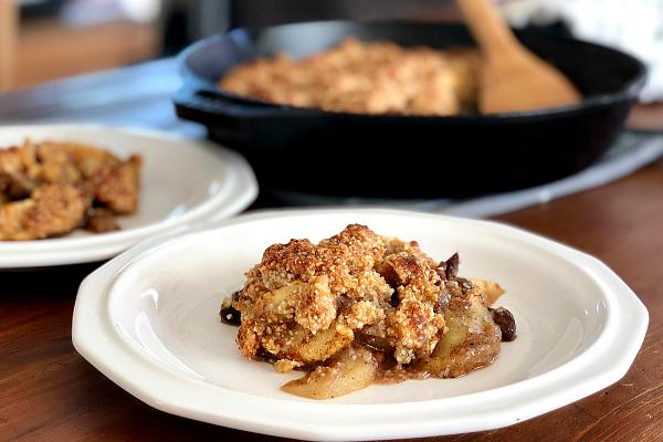 Paleo Apple Crisp with Pears and Raisins