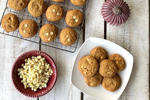 White Chocolate Pumpkin Cookies